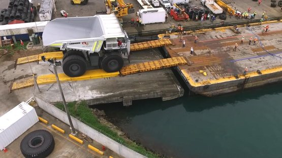 AGL HANDLES MEGA DUMP TRUCKS IN PANAMA